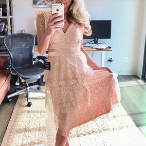 Lulus Maxi Blush Gold HOLIDAY 🎄XMAS Dress Small S